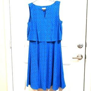 LONDON TIMES 12 Blue Eyelet Stretch Midi Dress